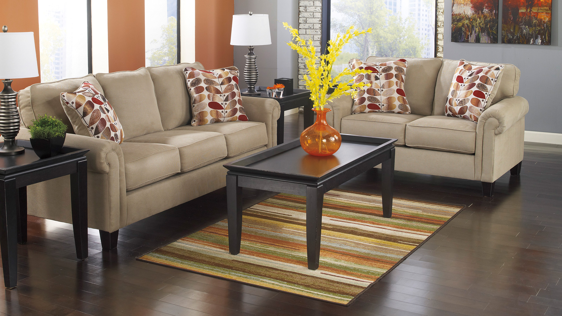 Photos are representative of the type and quality of furniture available in the Economy Package, actual pieces may vary.